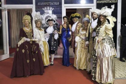 Figuranti Costumi Veneziani 700 1 Copia 420x280 1