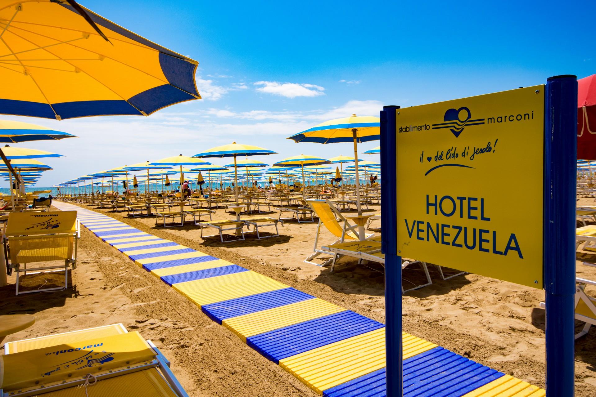 Passerella Spiaggia jesolo Hotel Venezuela