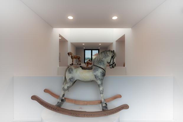 Museo Cavallo Giocattolo Interni 1 Cavallo Vetrina LoveITALIA