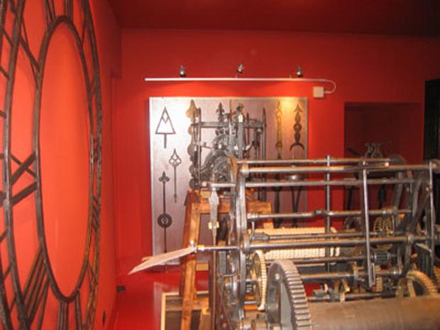 Museo Orologio Torre Bergallo Interni 1 Ingranaggi LoveITALIA