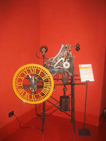 Museo Orologio Torre Bergallo Particolari 2 LoveITALIA