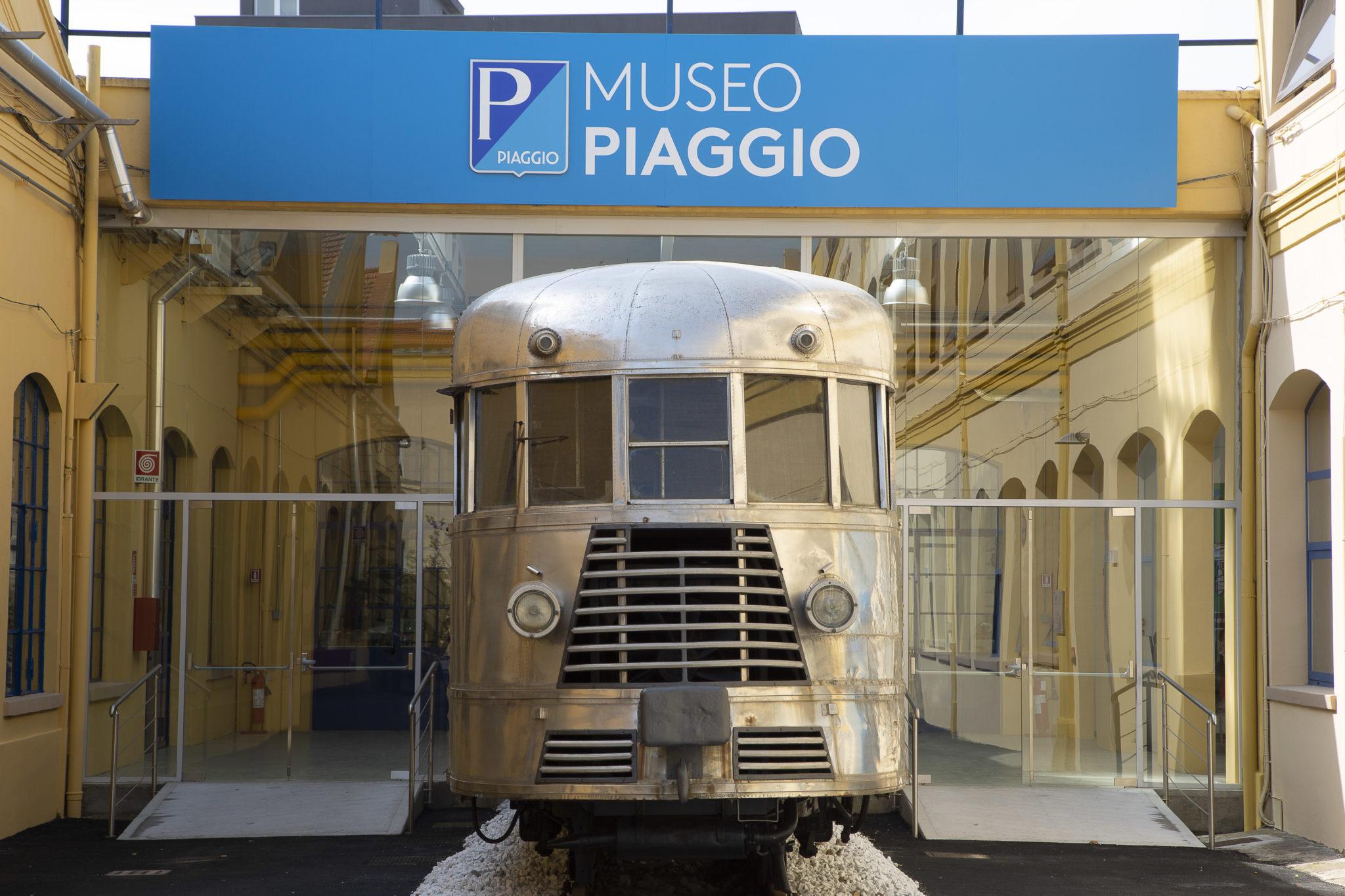 Museo Piaggio Room Tram LoveITALIA