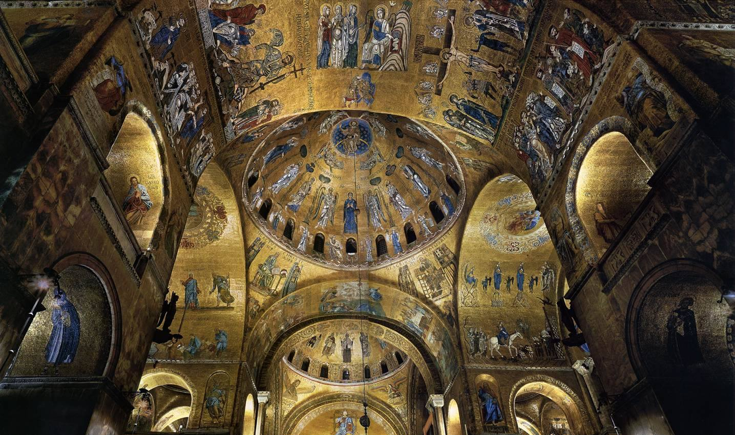 Interno Basilica San Marco