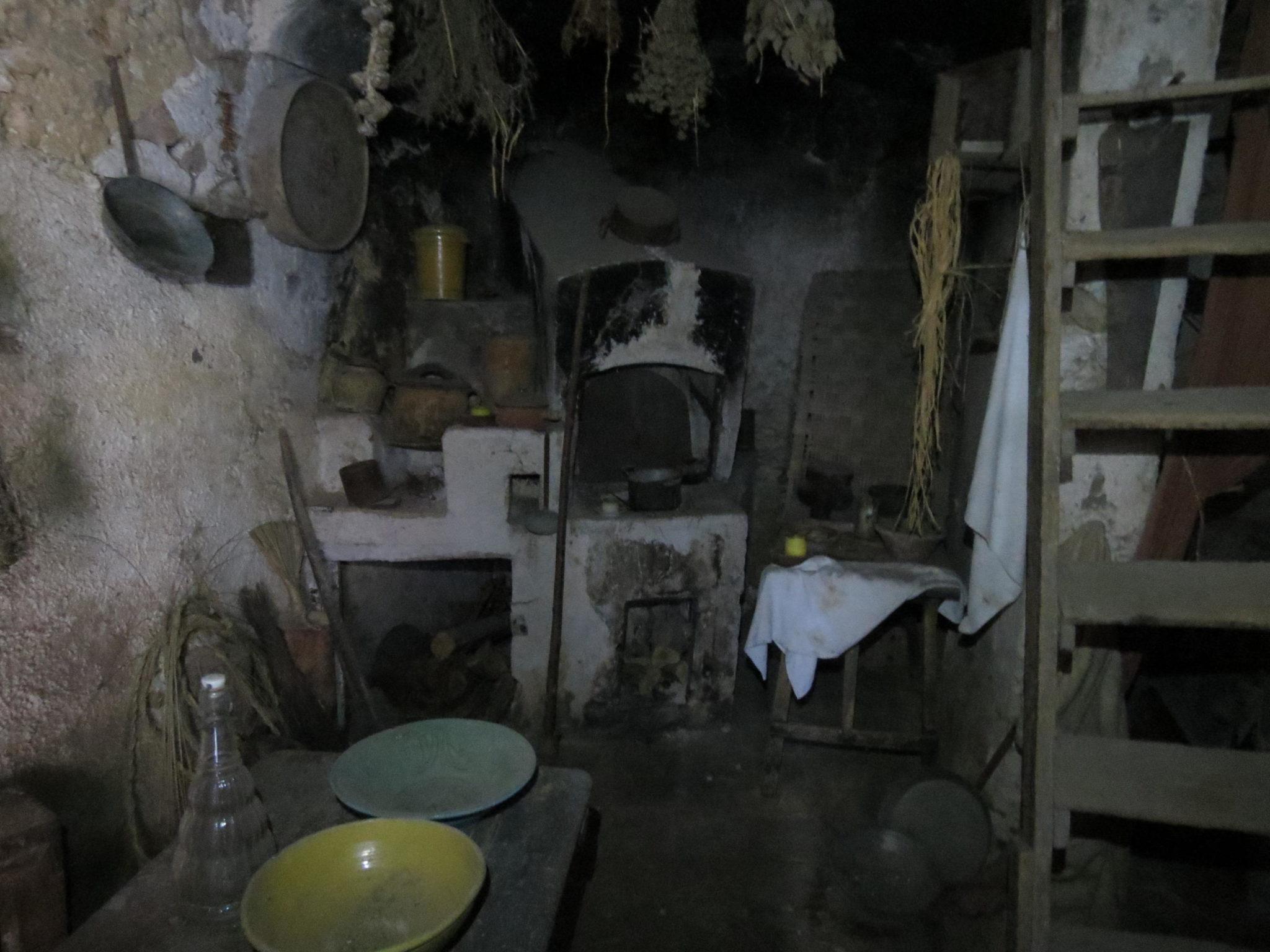 cucina e tavolo casa del contadino pro loco sammichelese loveitaliafun